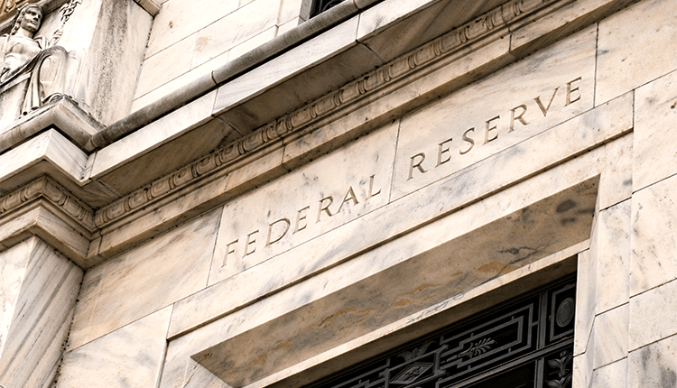 The Federal Reserve President Wants Rate Cut This Week - Wibest Broker
